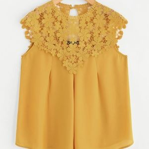 Tops - KEYHOLE BACK DAISY LACE SHOULDER SHELL TOP